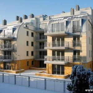 Fotografia architektury i wnętrz, budynek mieszkaniowy widok z zewnątrz