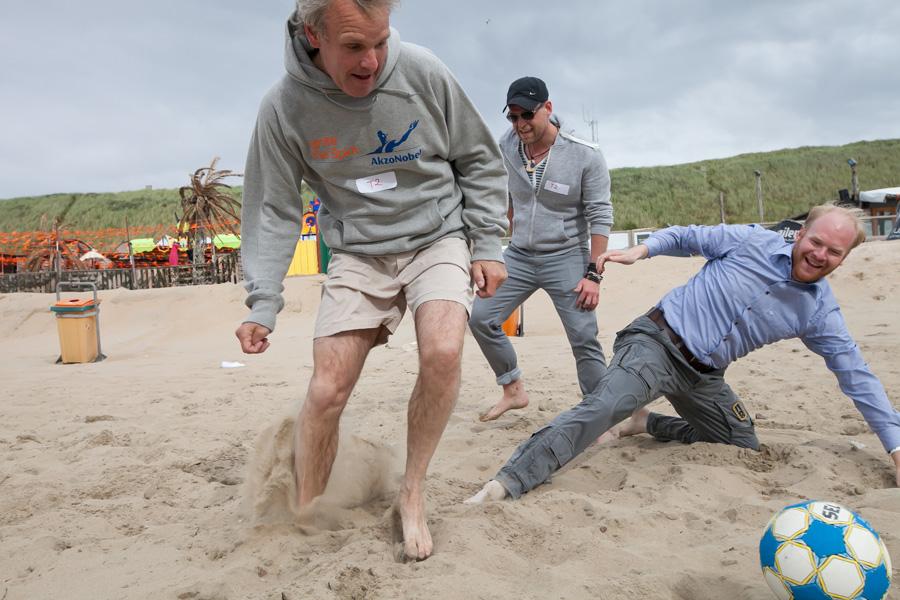 Fotografia eventowa, zabawy integracyjne na plaży