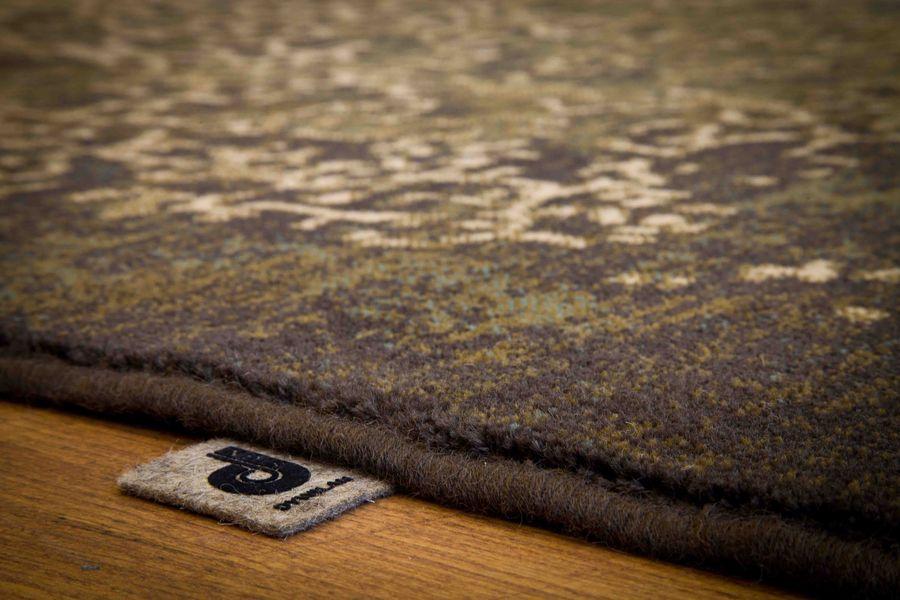 Packshot, fotografia produkty - dywan i metka firmowa