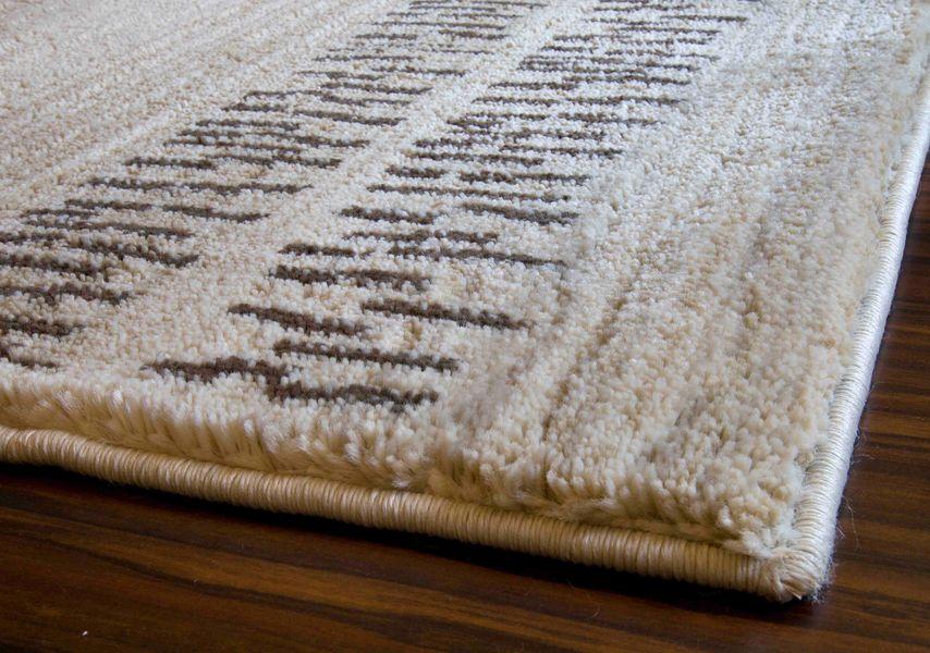 Packshot fotografia dywanu z długim włosem z perspektywy
