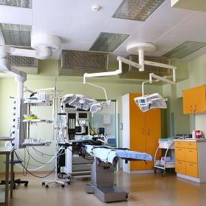 fotografia wizerunkowa, sala operacyjna w klinice Salve Medica