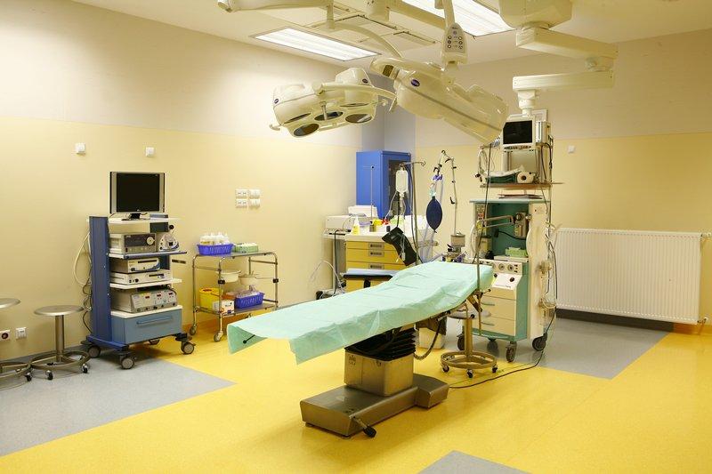 fotografia wizerunkowa kliniki Salve Medica, sala operacyjna