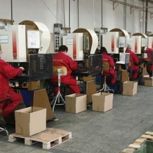 fotografia wizerunkowa, hala produkcyjna firmy