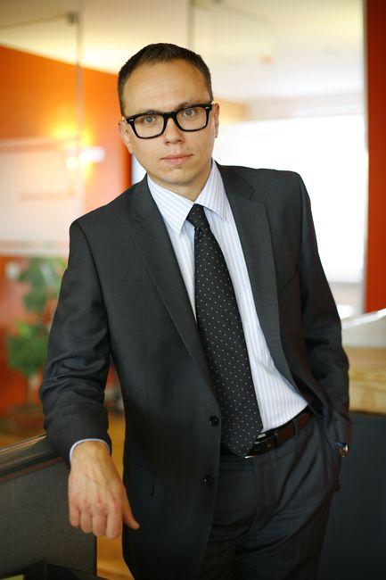 Fotografia wizerunkowa mężczyzna w biurze