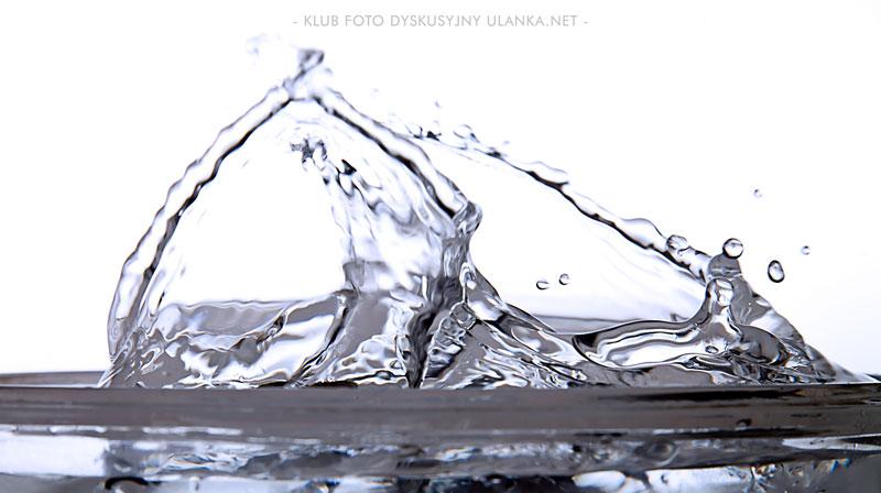 rozbryzgi wody, zajęcia w klubie foto dyskusyjnym w Łodzi