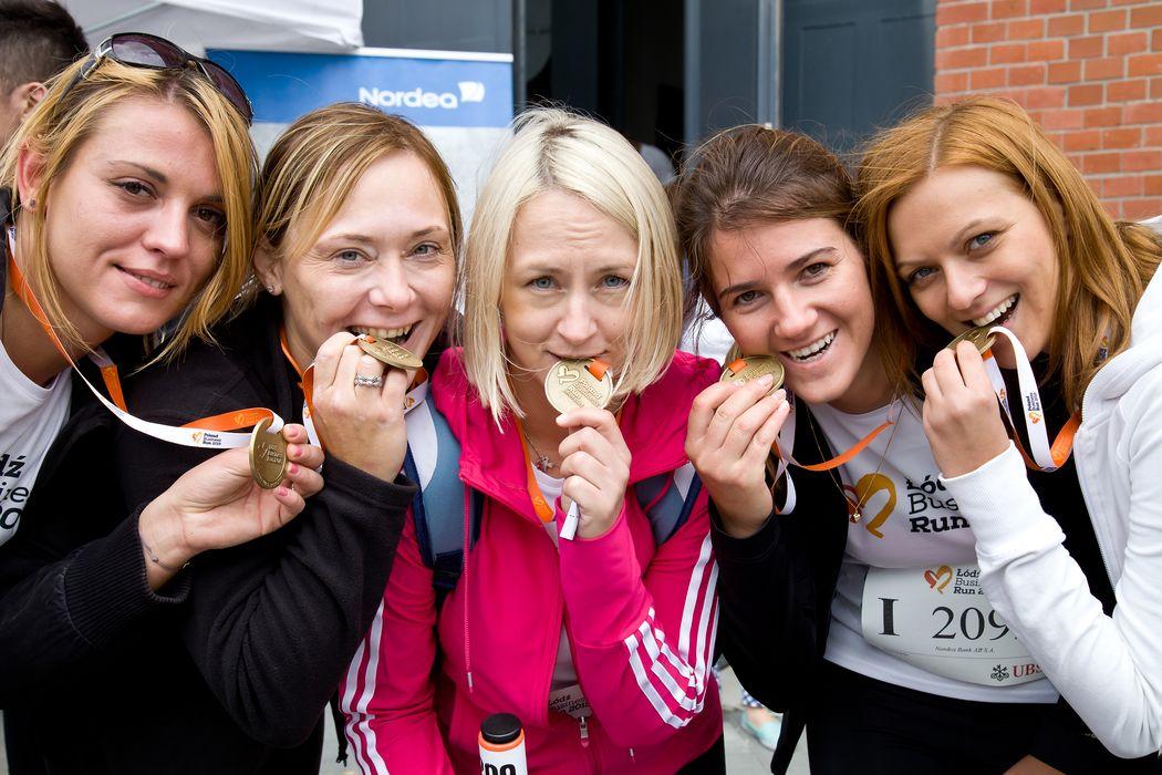 Pracownicy Banku Nordea z medalami na Łódź Business Run